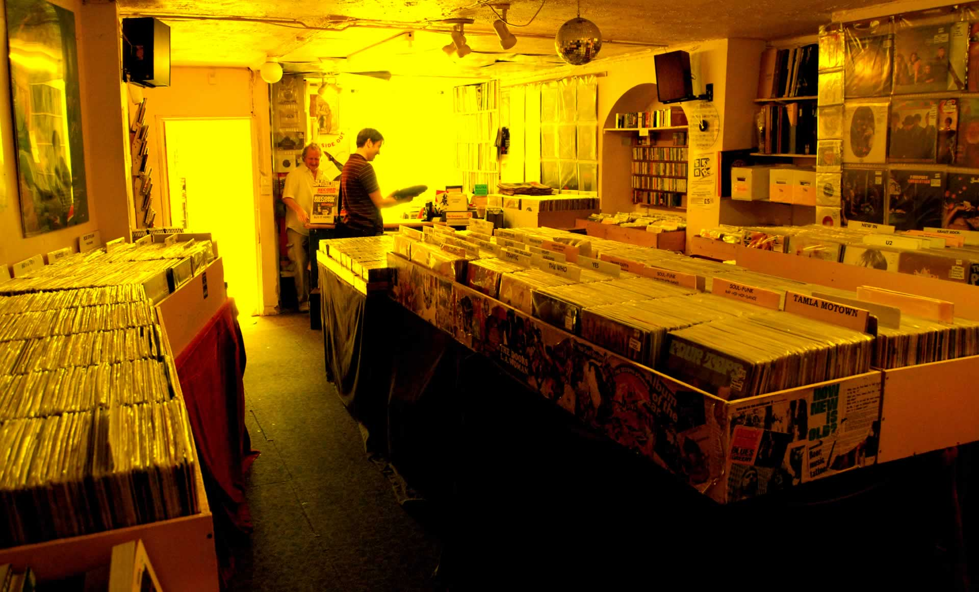 Vinyl Vault - The best little record shop in the UK